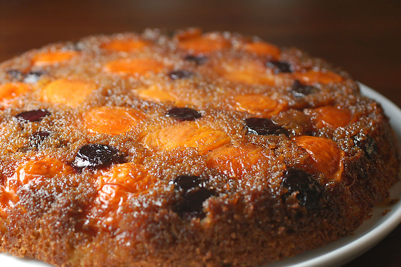 Apricot upside down cake 5