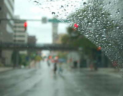 Sept_01_thru_the_windshield